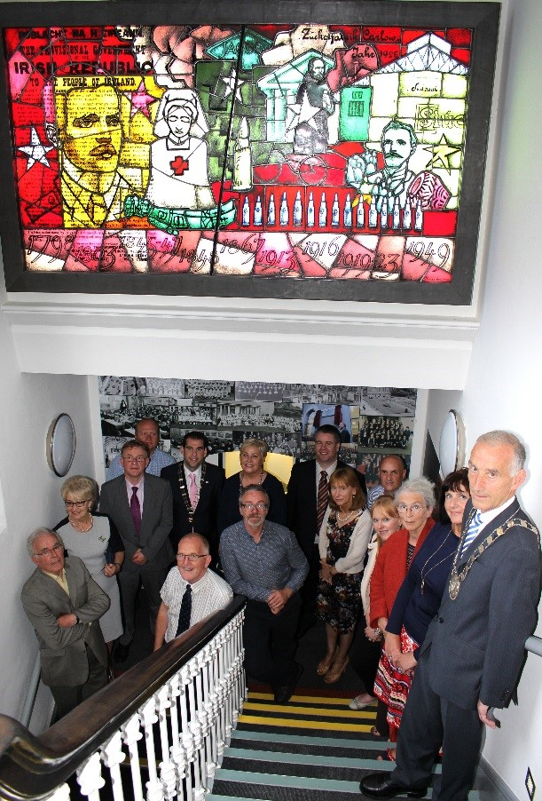 1916 Commemorative Stained Glass Mural by artist Peadar Lamb unveiled in Carlow County Museum